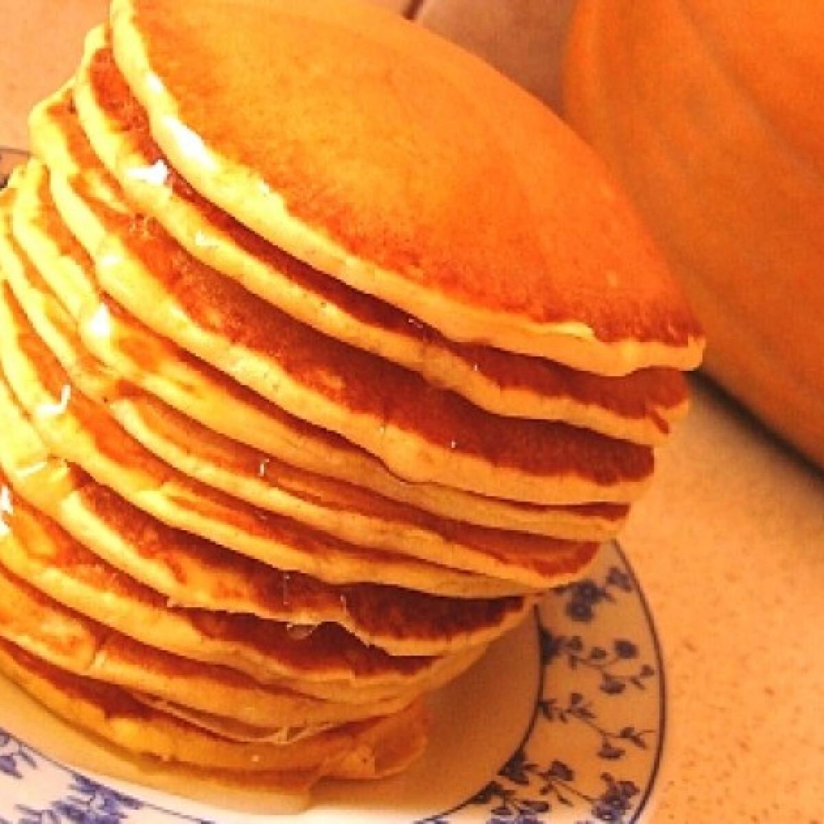Ezen a képen: Sütőtökös amerikai palacsinta