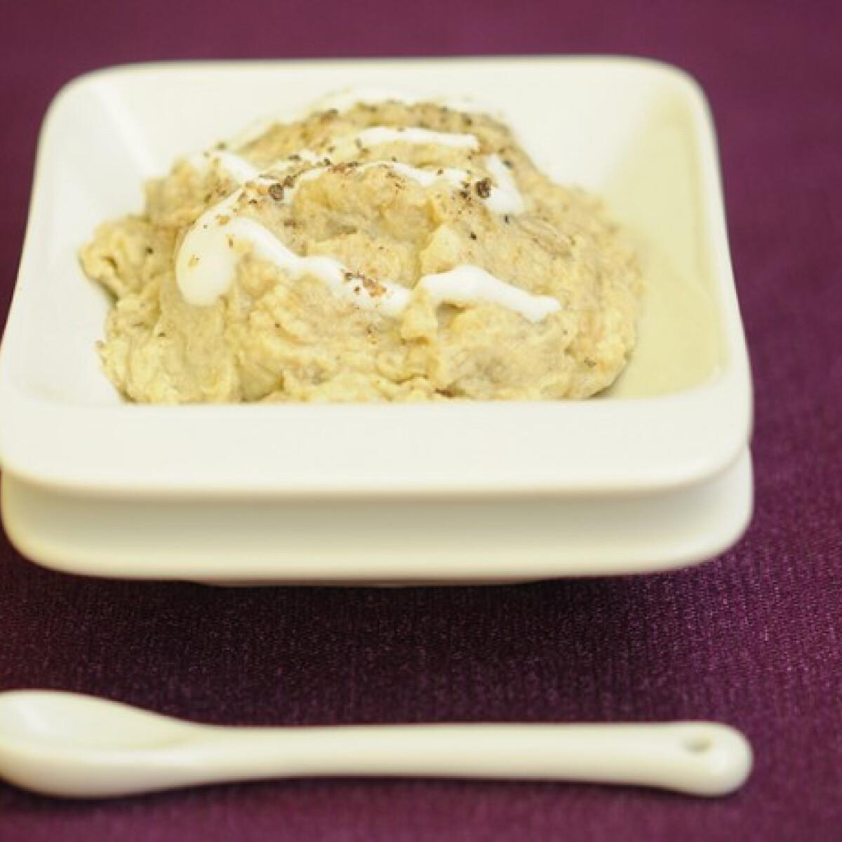 Ezen a képen: Joghurtos padlizsánkrém (Padlizsánkrém 3.)