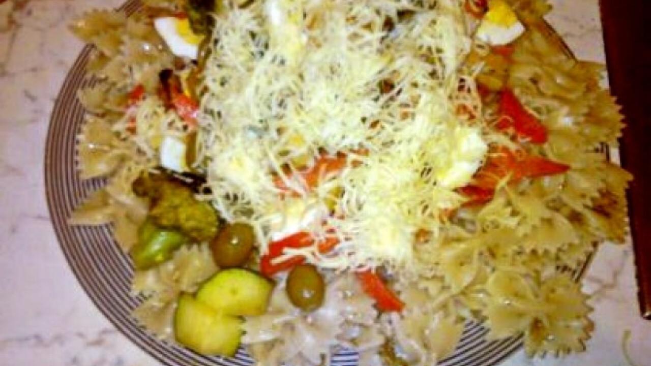 Halas-zöldséges tészta