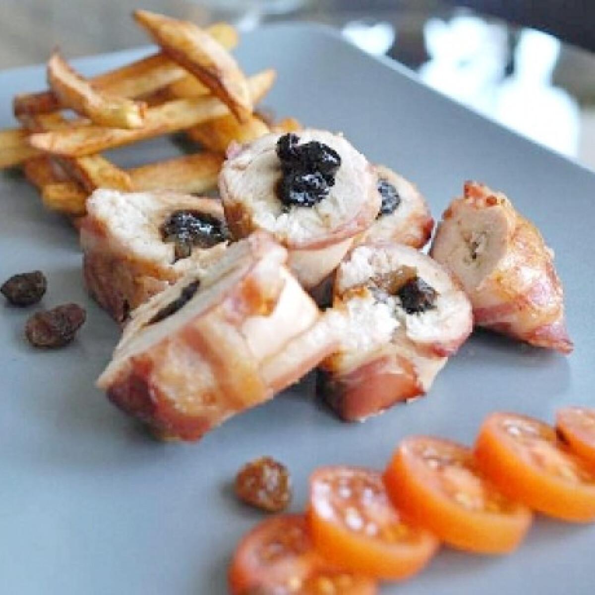 Ezen a képen: Rumos-aszalt szilvás csirkemell