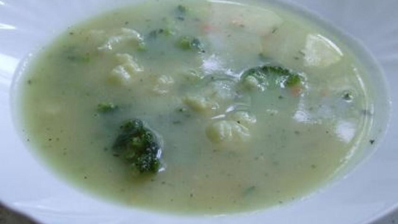 Tejszínes karfiol-brokkoli leves