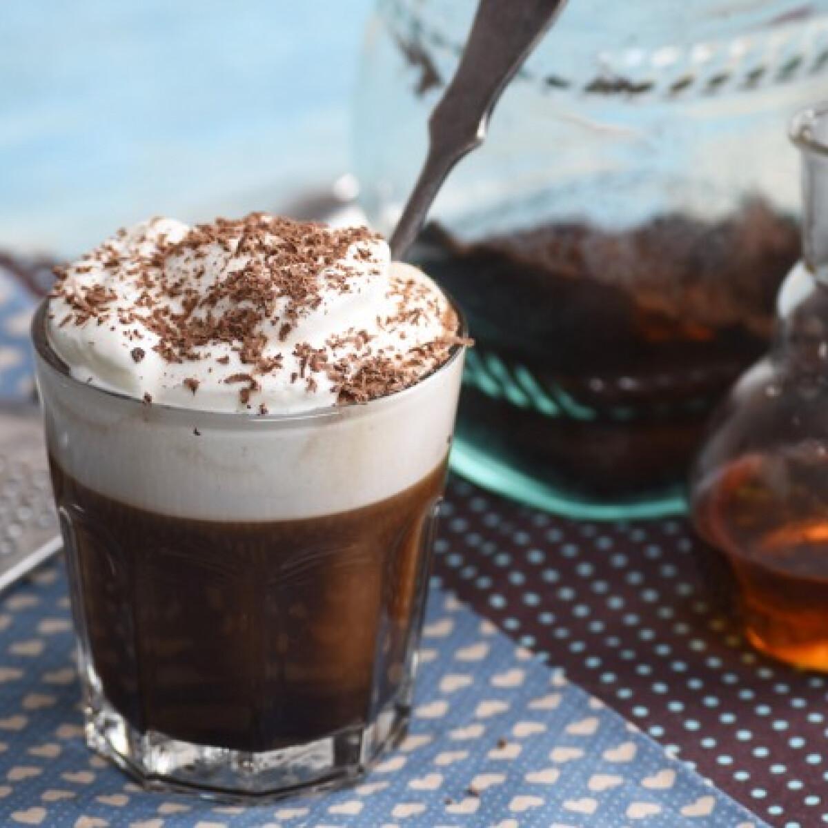 Ezen a képen: Ír kávé