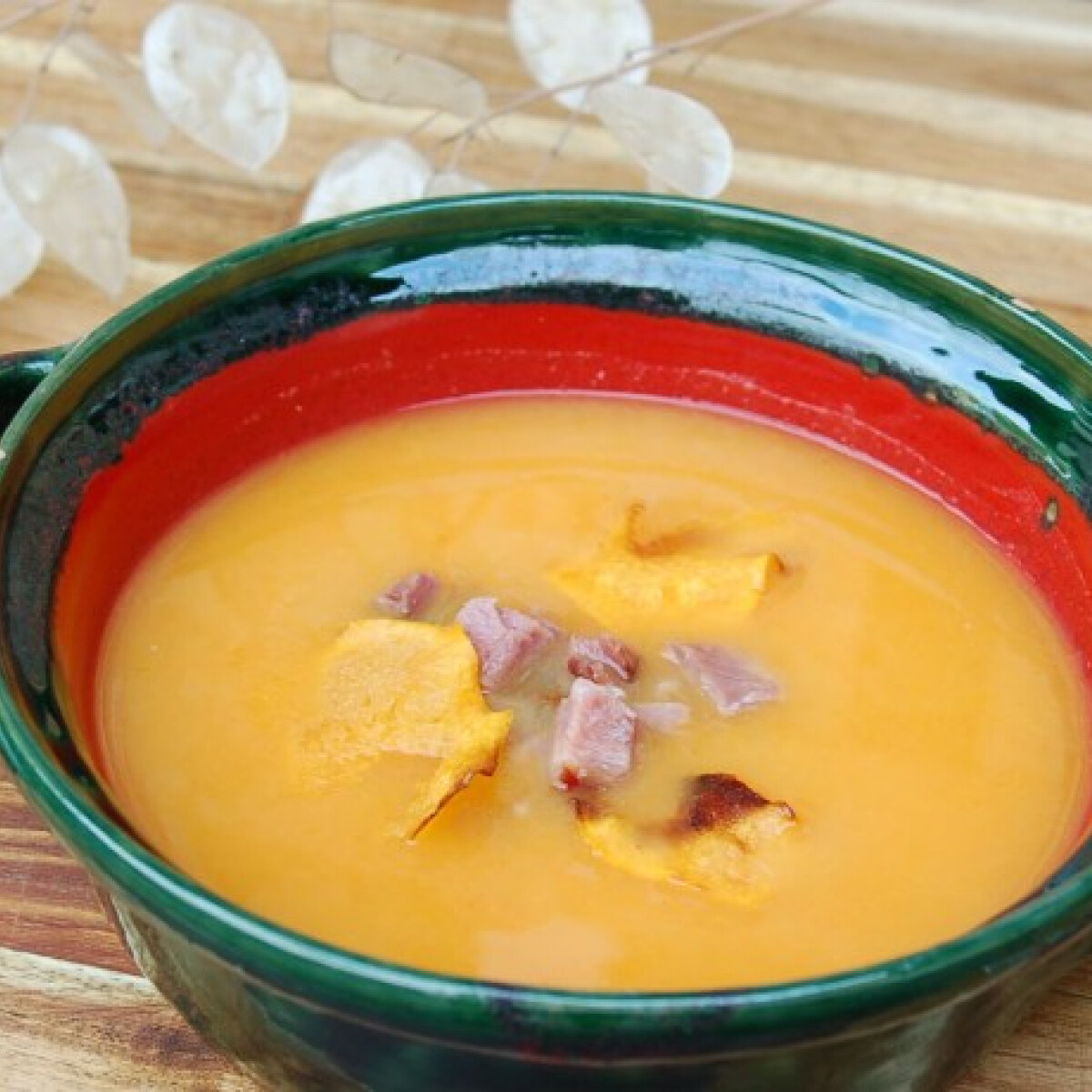 Sütőtökös kaszás leves