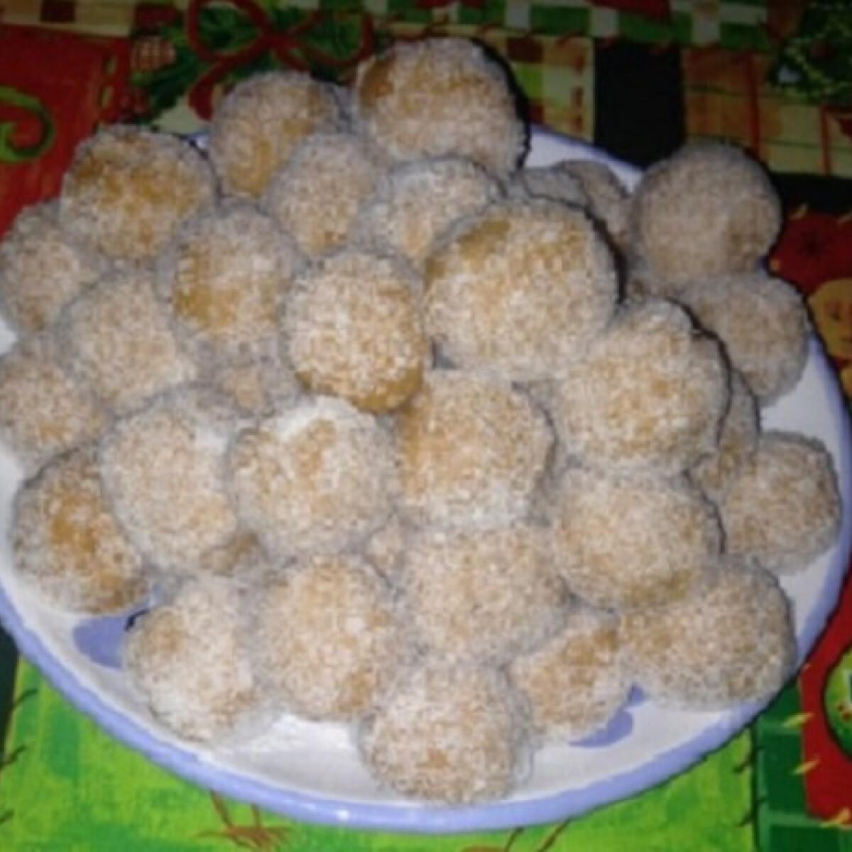 Ezen a képen: Karácsonyi sütőtökös golyók