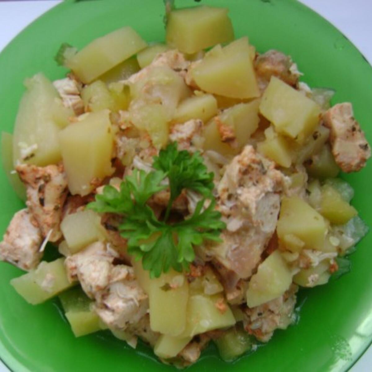 Ezen a képen: Zöldséges csirkemell Kikianyu konyhájából
