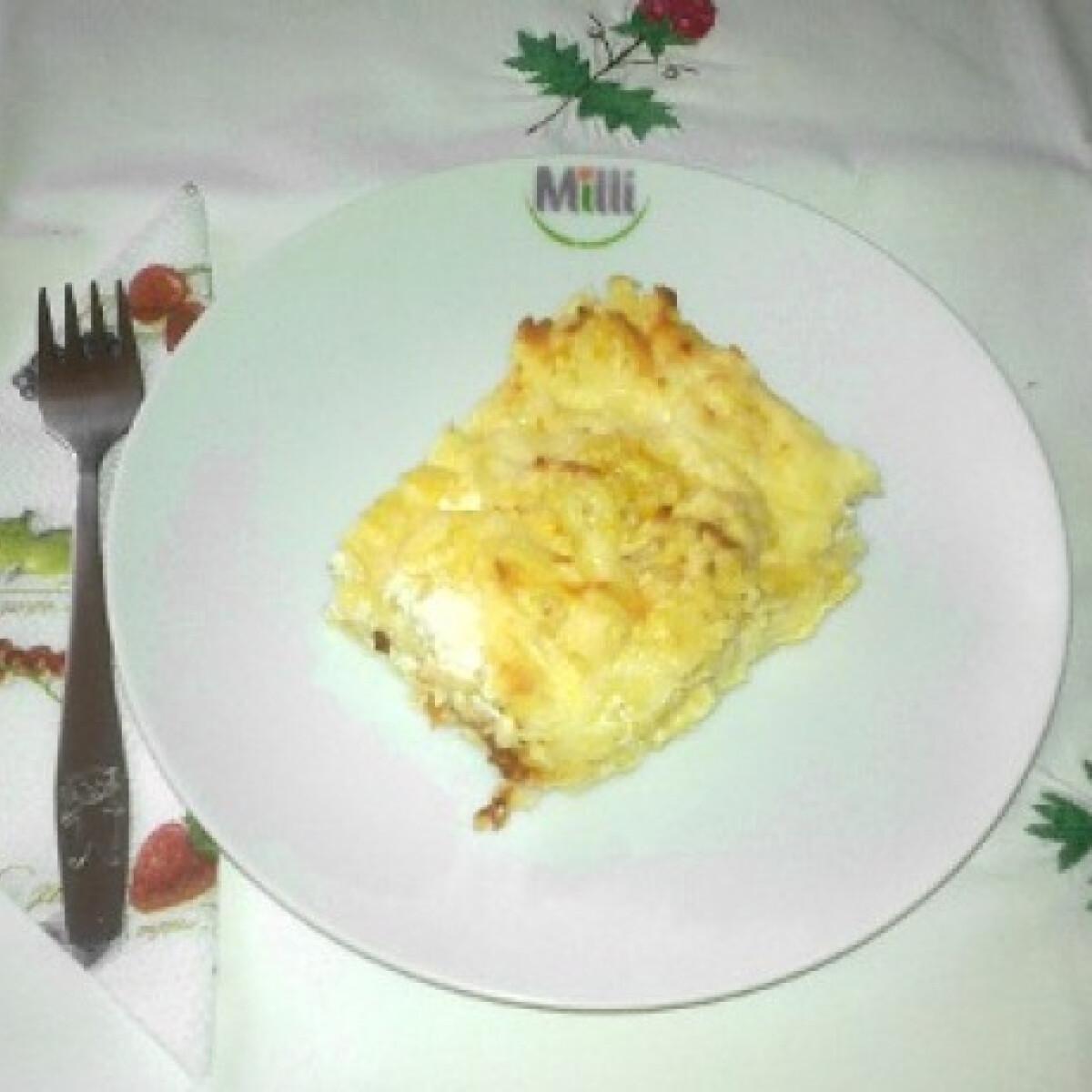 Ezen a képen: Sajtos-tejszínes krumpli
