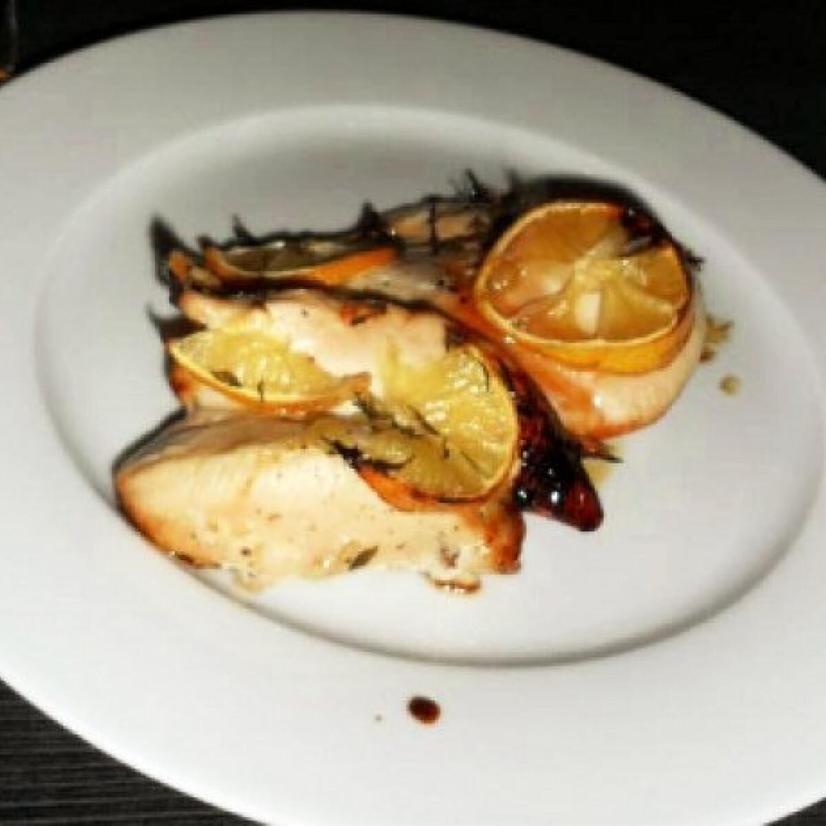 Ezen a képen: Citromos csirkemell