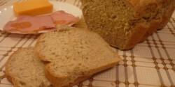 Medvehagymás-rozsos kenyér
