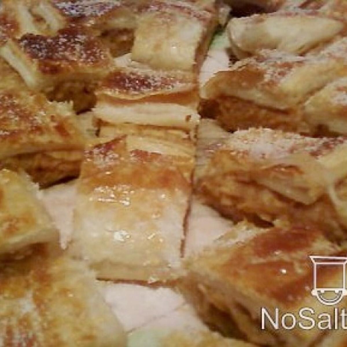 Ezen a képen: Almás rétes Pankota konyhájából