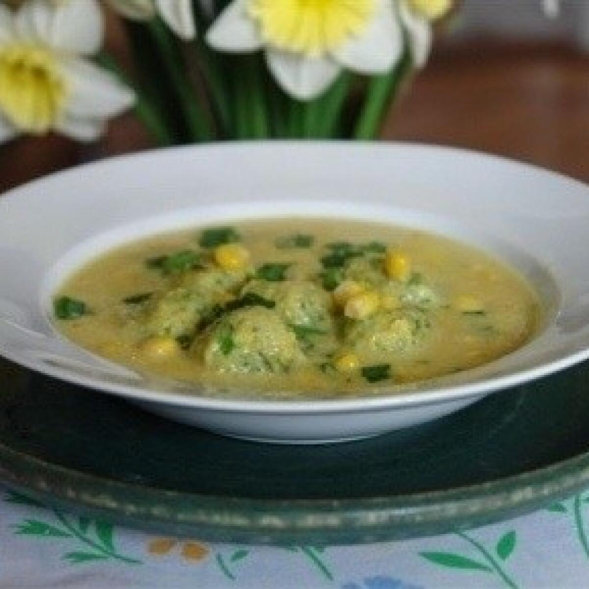 Ezen a képen: Kukoricadara leves zöldgombóccal