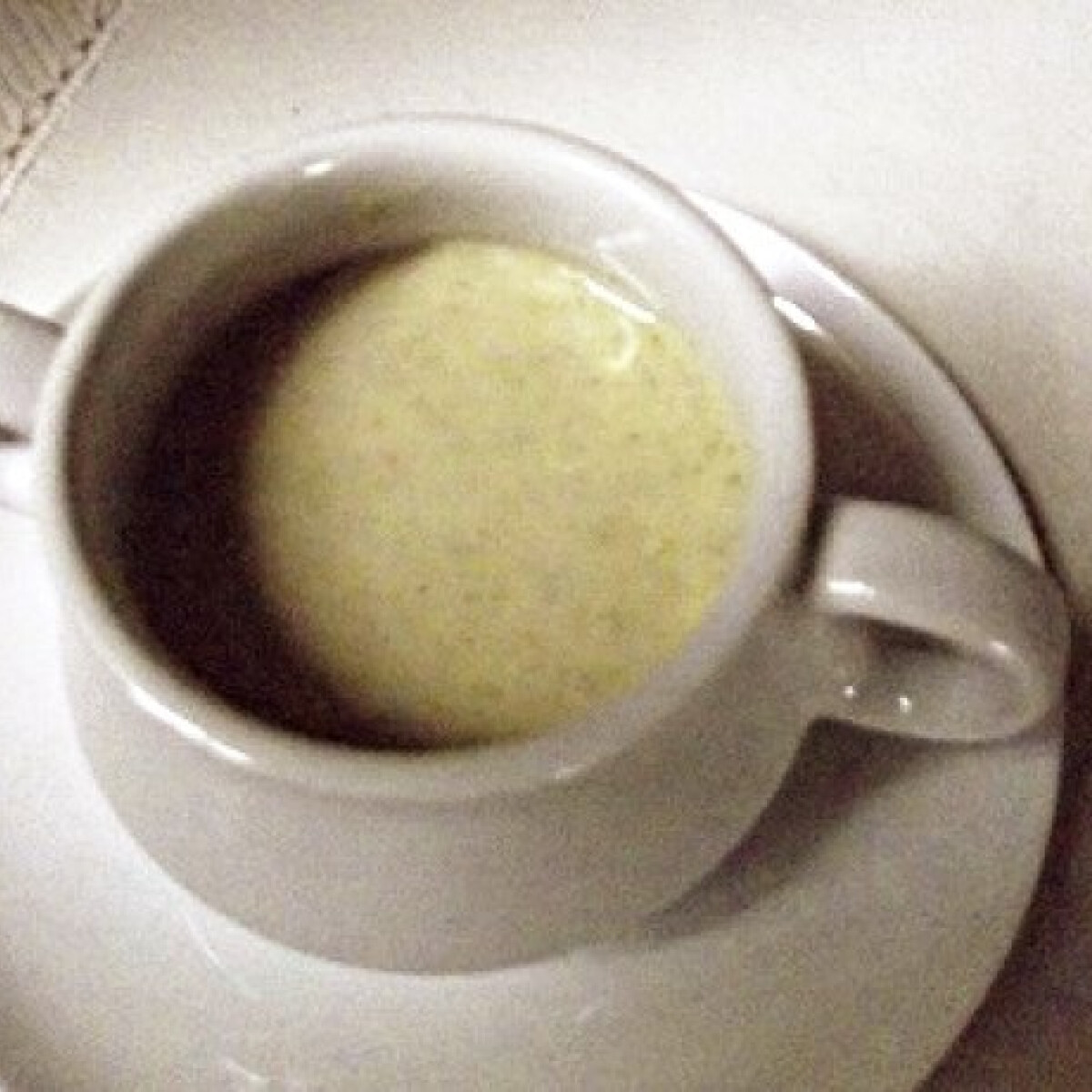 Ezen a képen: Brokkolikrémleves bellatortától