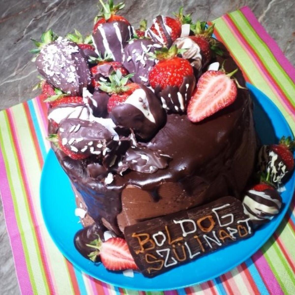 Ezen a képen: Kókuszos csokitorta