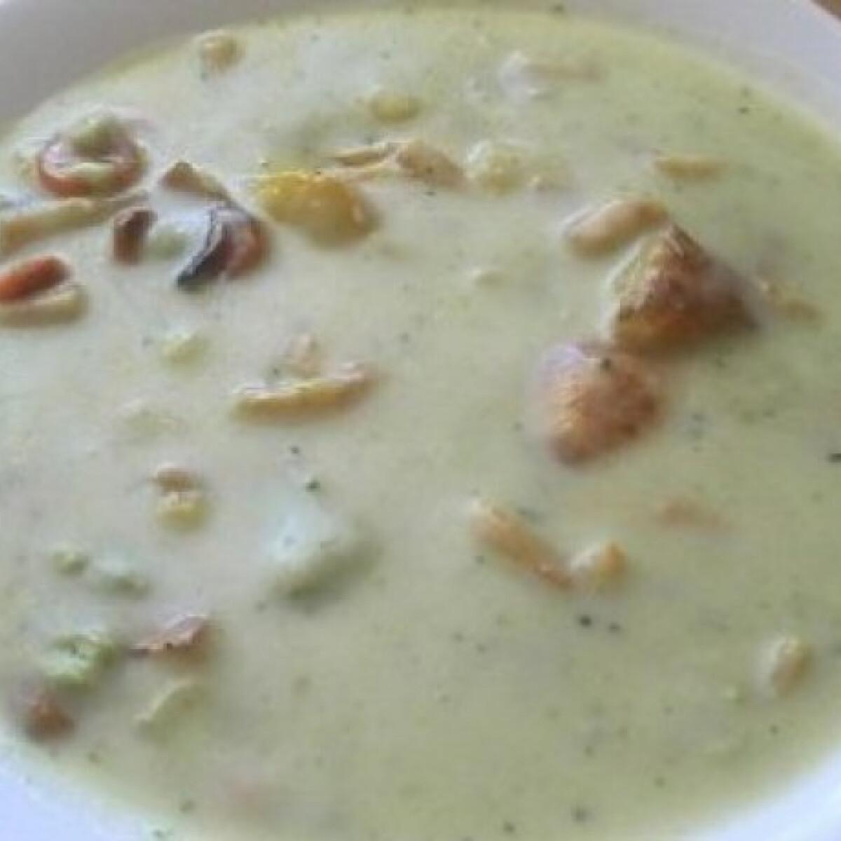 Ezen a képen: Sült zöldség leves