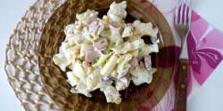 Kukoricás-virslis tésztasaláta