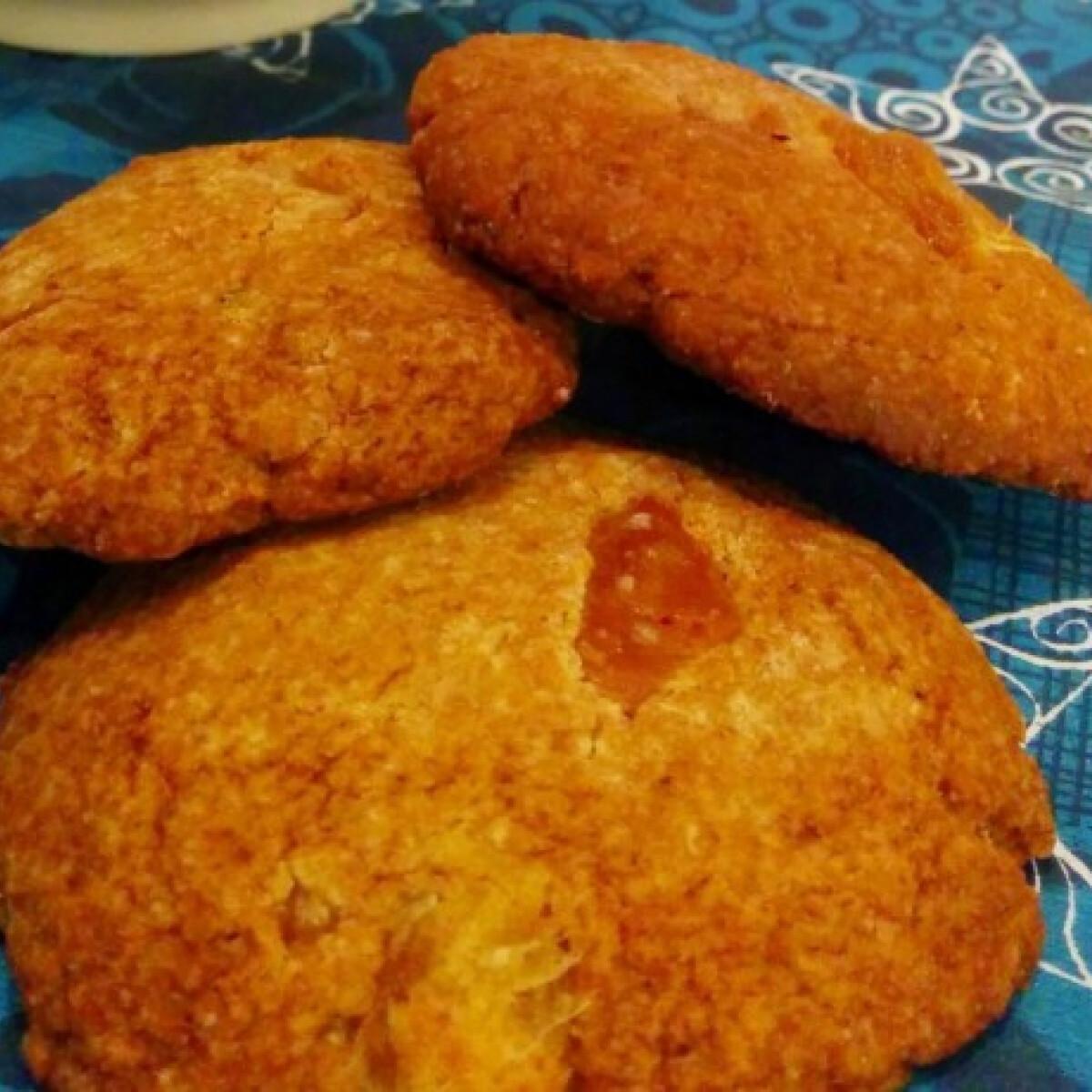 Ezen a képen: Teljes kiőrlésű fűszeres adventi keksz cukor- és laktózmentesen