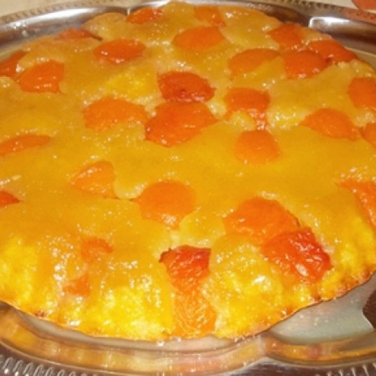 Ezen a képen: Barackos fordított süti