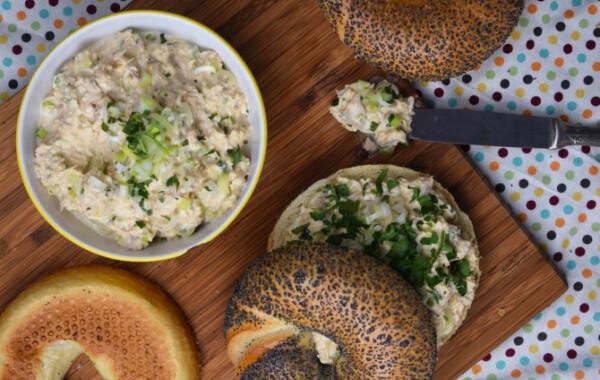 Tojásos-tonhalas szendvicskrém újhagymával