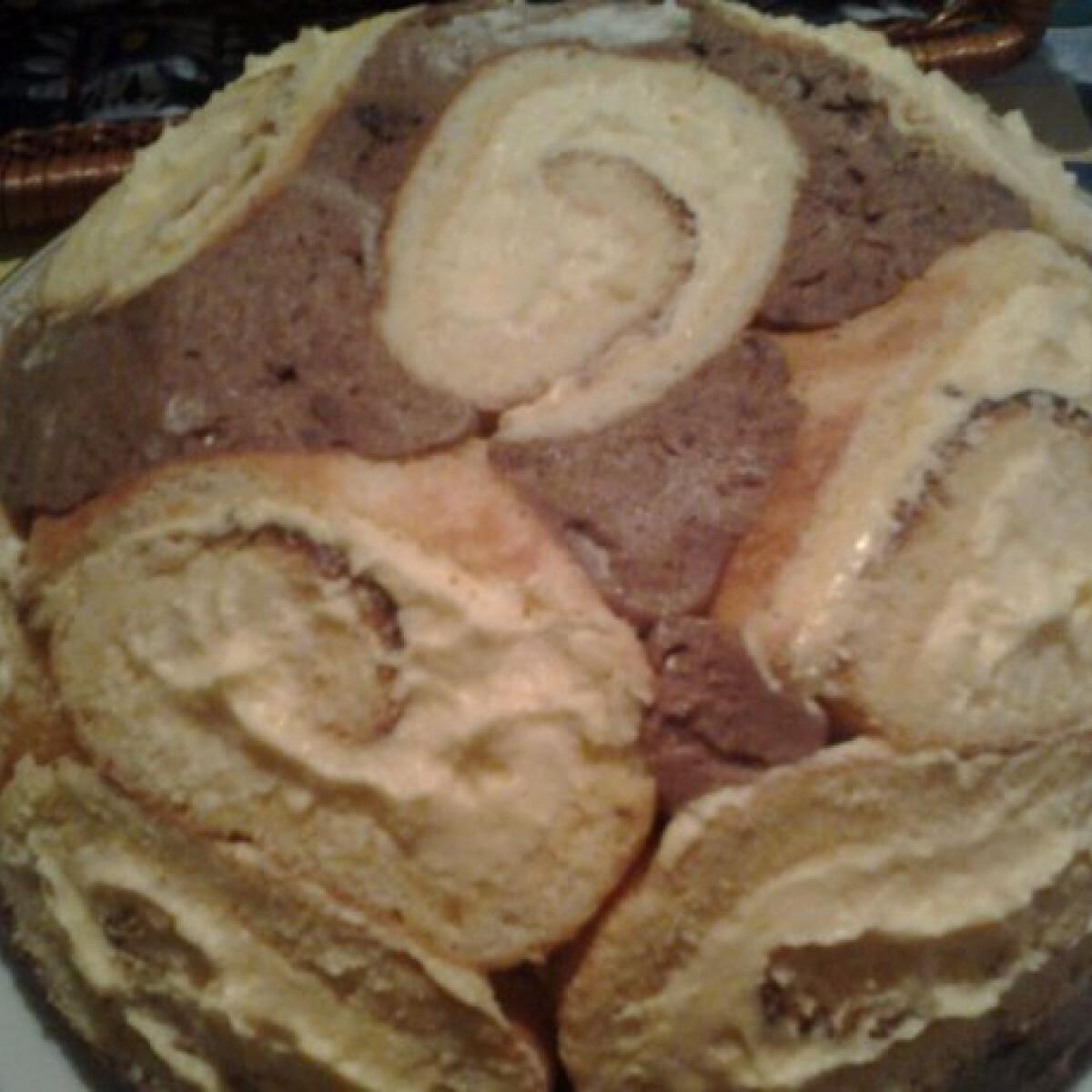 Ezen a képen: Bomba-jó torta