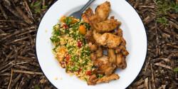 Erdei tabulé és fokhagymás-szójás csirke