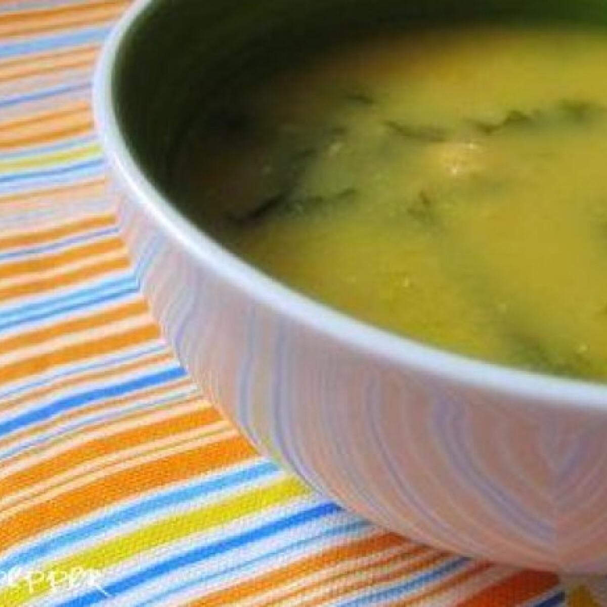 Ezen a képen: Portugál csicseriborsó leves