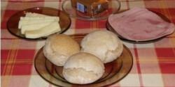 Zsemle vagy kenyér tönkölybúzából