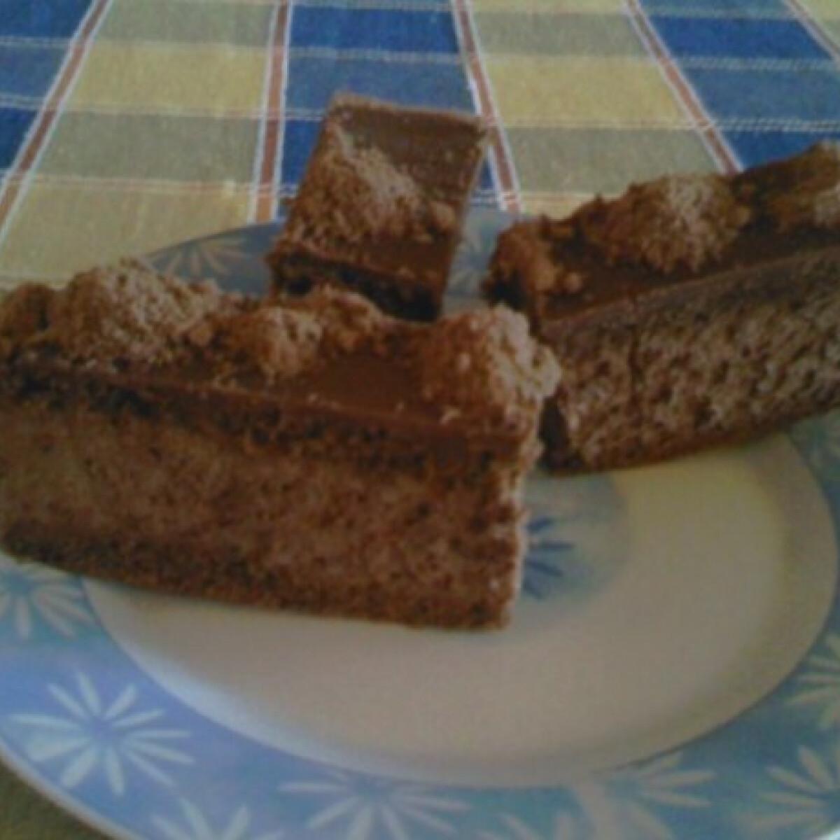 Ezen a képen: Csokoládés szelet Angie konyhájából