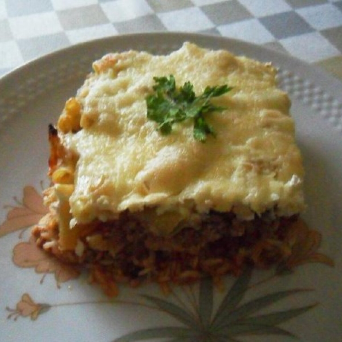 Ezen a képen: Csőben sült rizses hús zöldbabbal