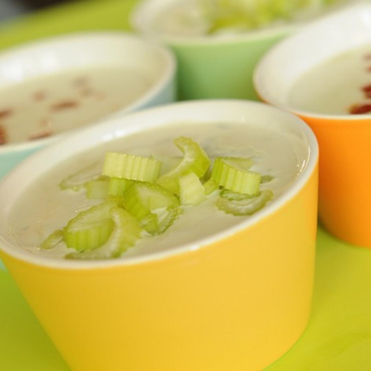 Ezen a képen: Négysajtos leves