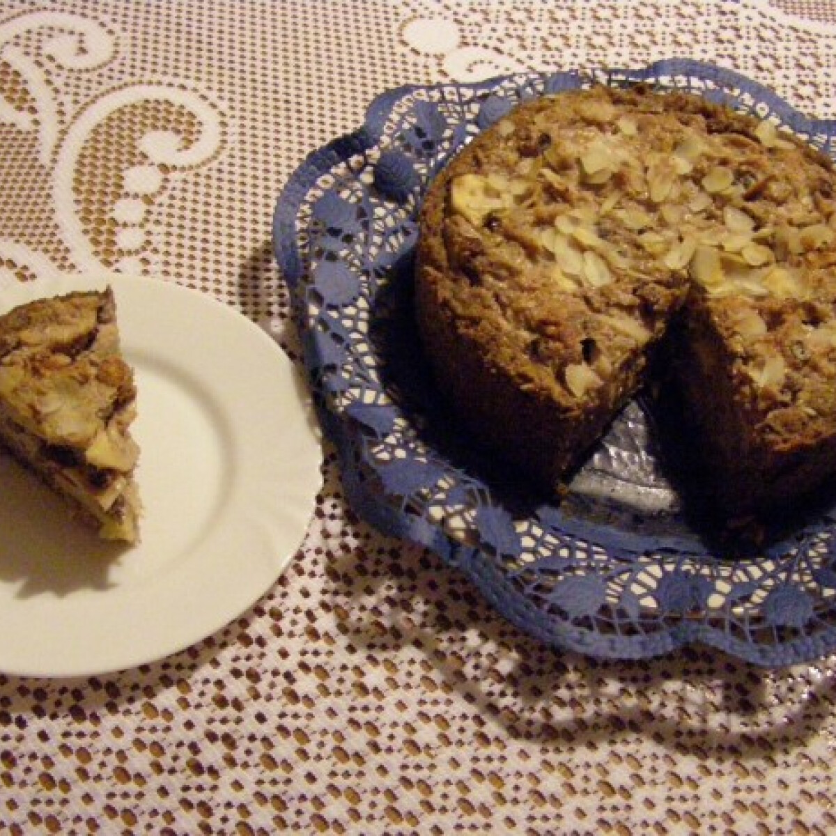 Ezen a képen: Paleo almás torta Hellytől