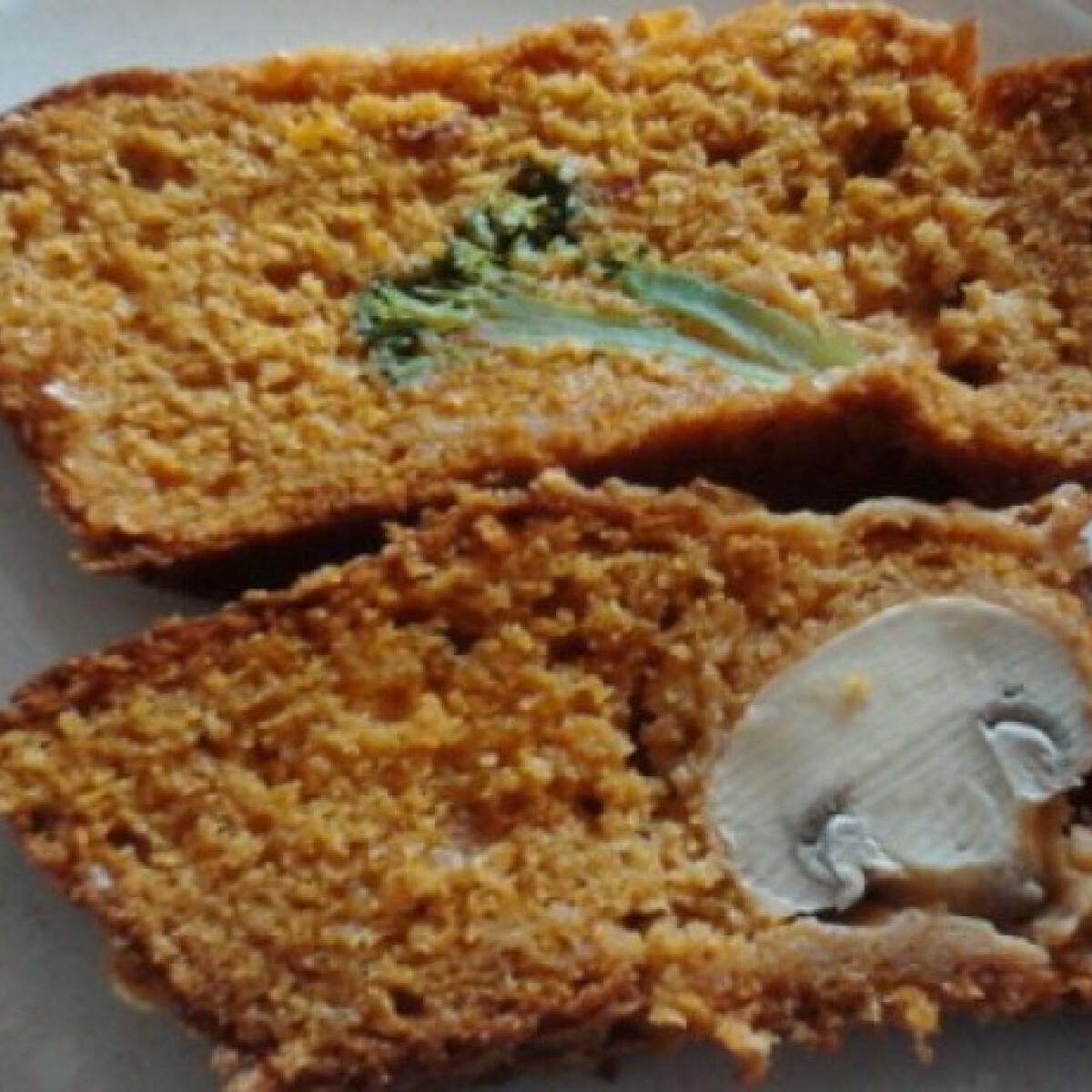 Ezen a képen: Zöldséges-sajtos kalács