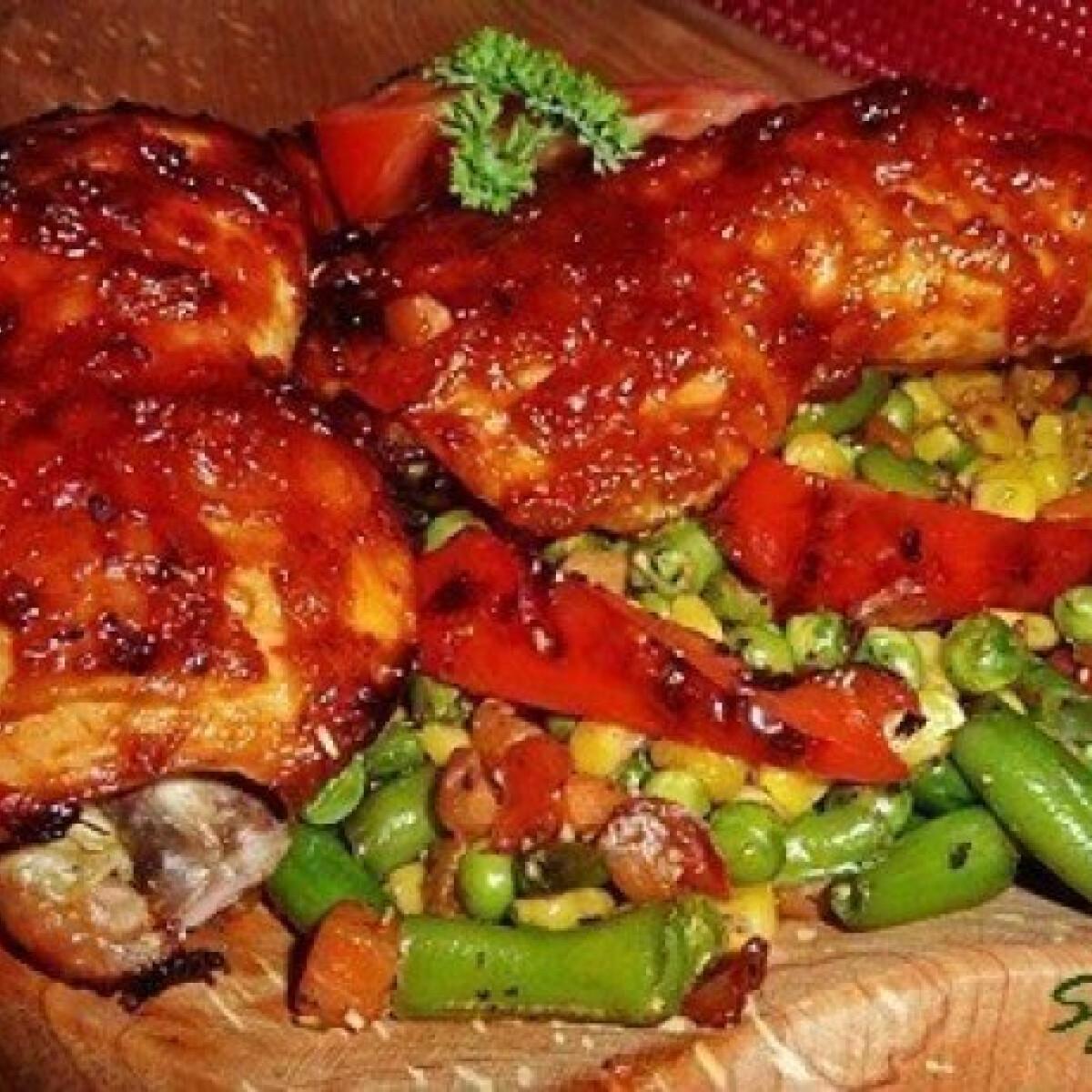 Ezen a képen: Texasi csípős csirkecomb