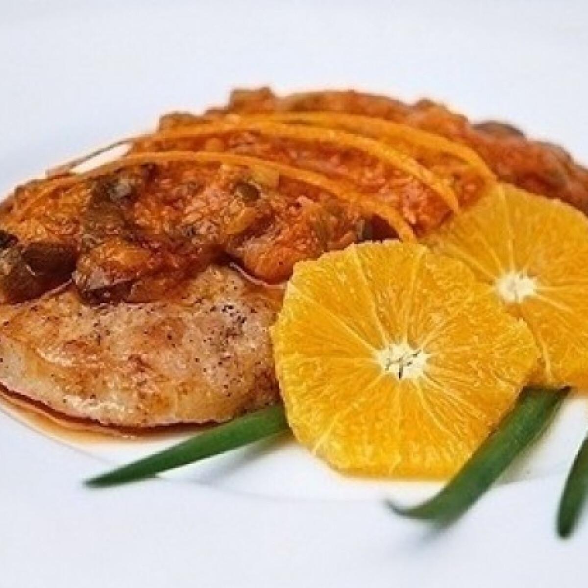 Ezen a képen: Narancsos sertéskaraj