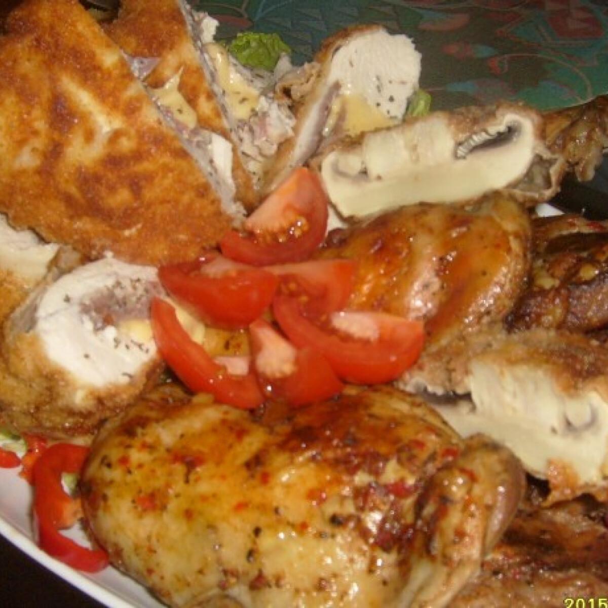 Ezen a képen: Bőségtál csirkével és sertéssel
