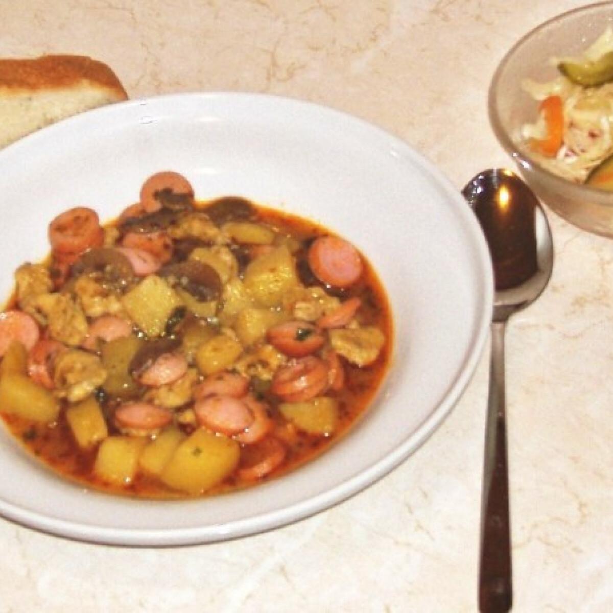 Zöldfűszeres gombás paprikás krumpli