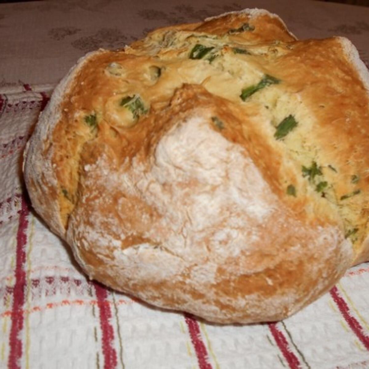 Ezen a képen: Medvehagymás ír szódás kenyér