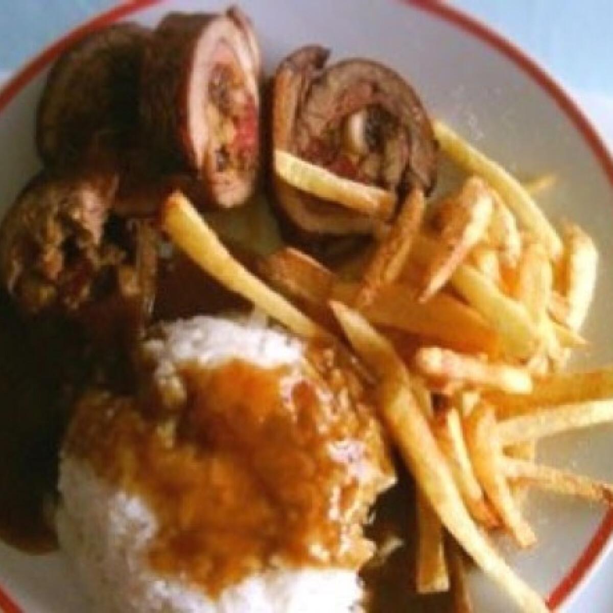 Ezen a képen: Kantoni csirkemelltekercs