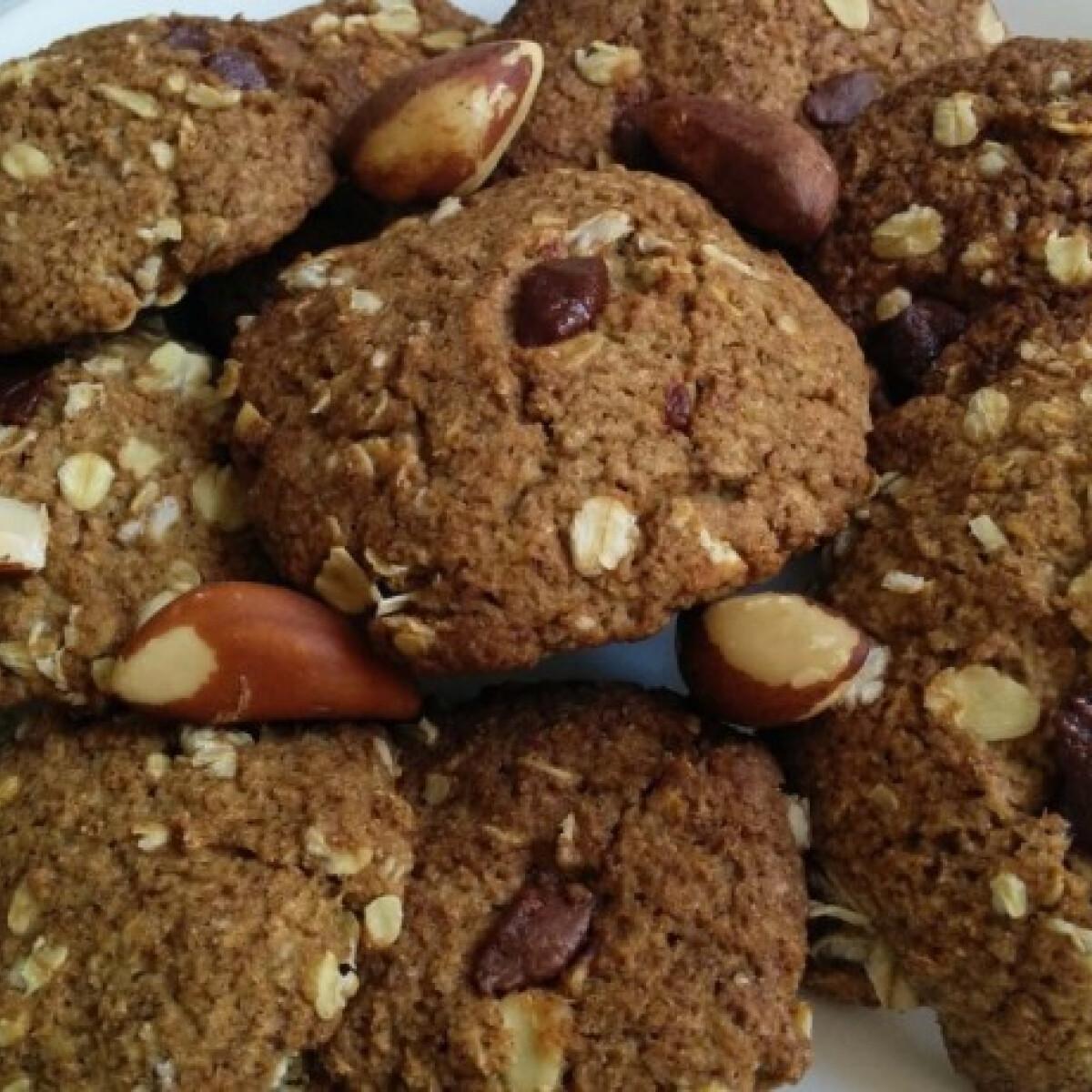 Ezen a képen: Avokádós csokis keksz laktóz- és cukormentesen
