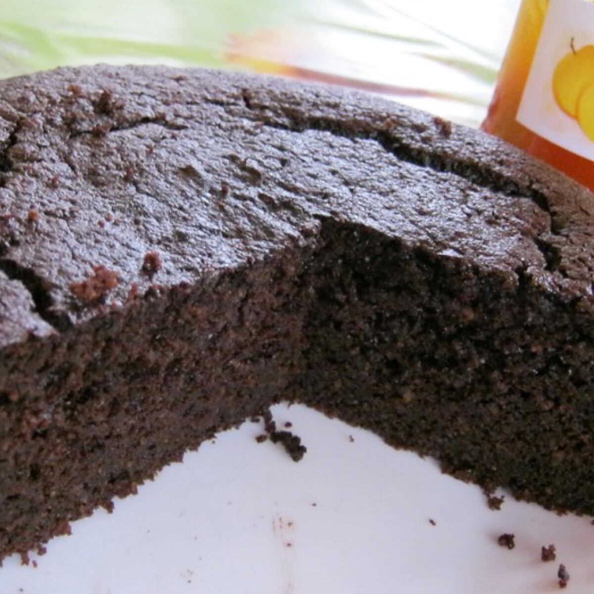 Ezen a képen: Narancsos csokoládétorta gluténmentesen