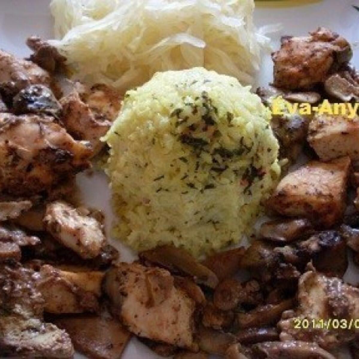 Mézes-szójaszószos csirkemell és csirkemáj