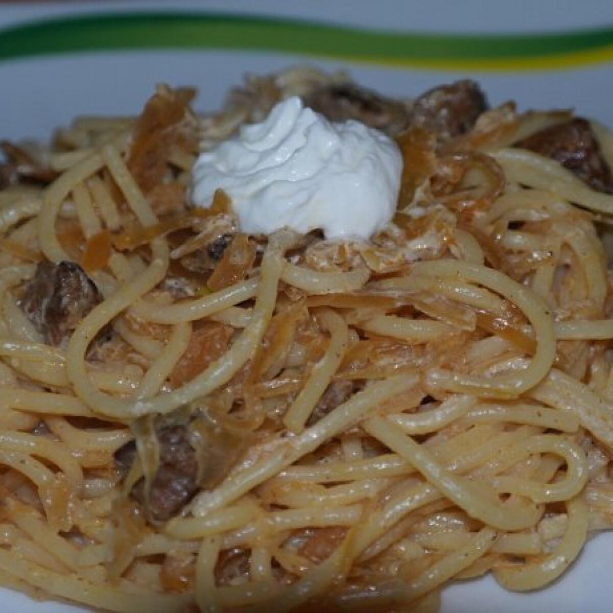 Káposztás spagetti