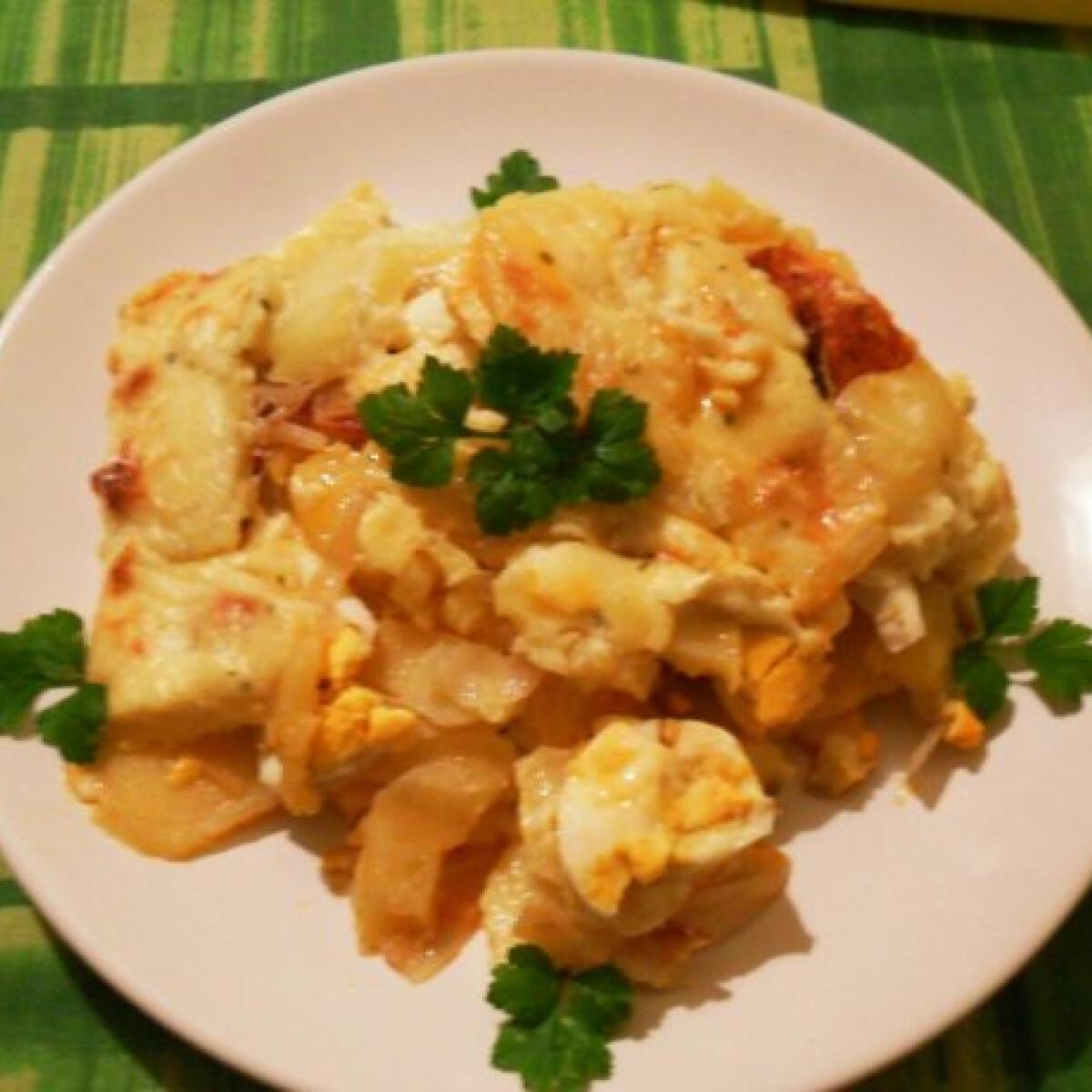 Ezen a képen: Krémes rakott krumpli Salamon Csillától