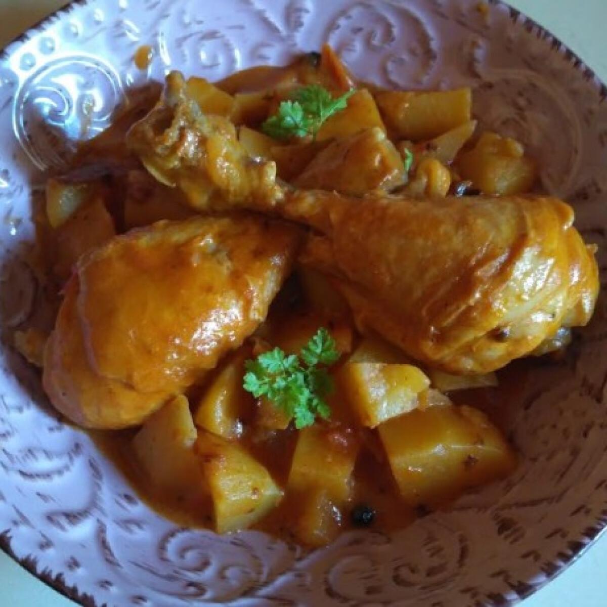 Ezen a képen: Massaman csirke curry