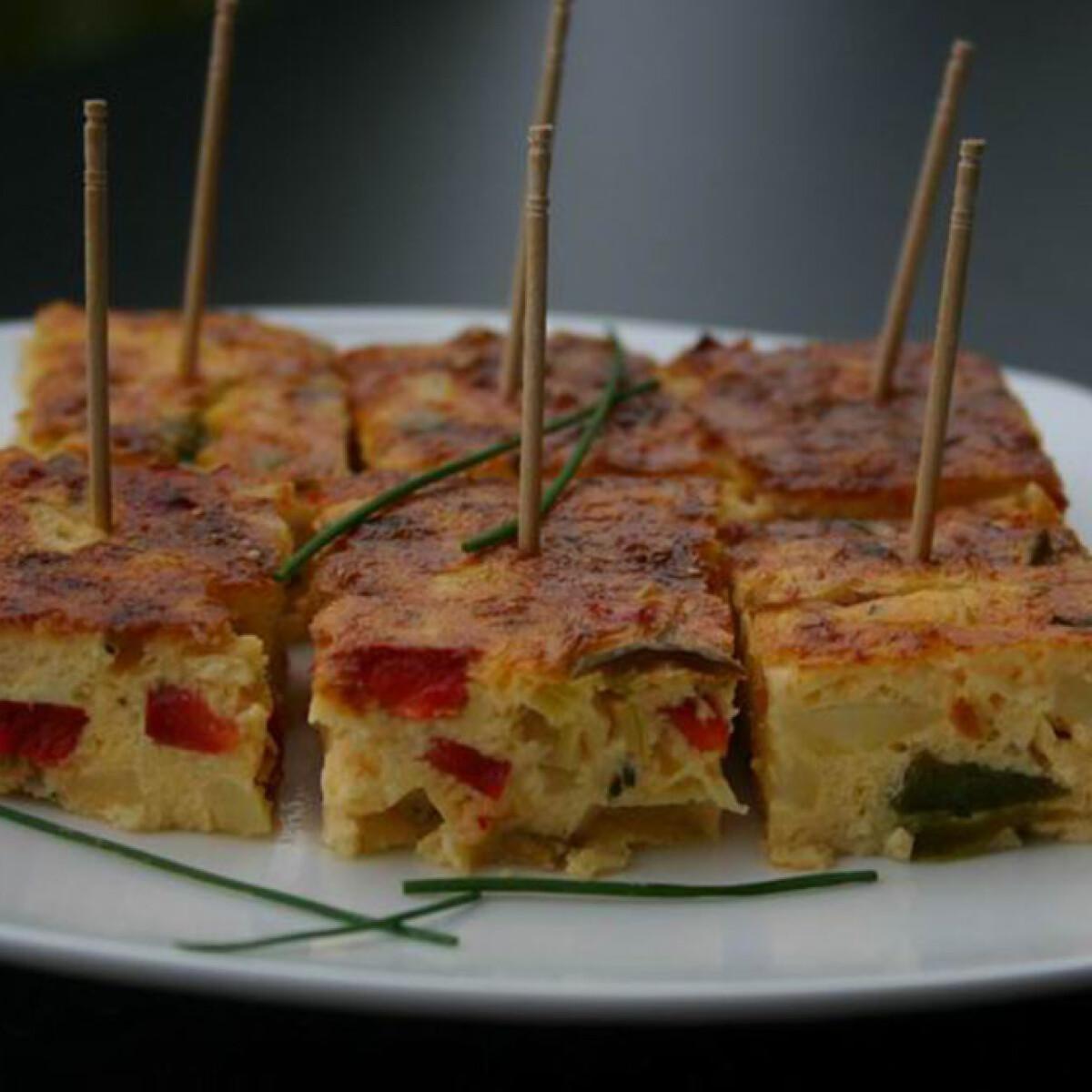 Ezen a képen: Tortillakockák