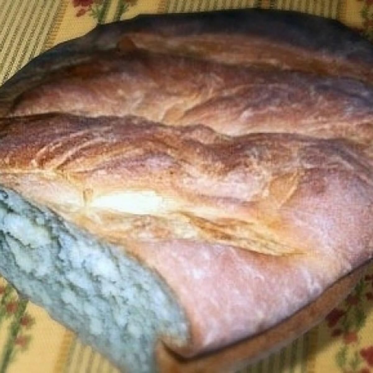 Ezen a képen: Házi krumplis kenyér
