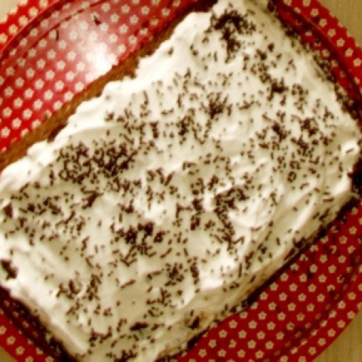 Krémes torta barnatésztából