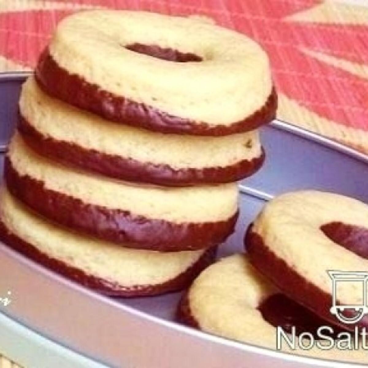 Ezen a képen: Csokis-vaníliás karika