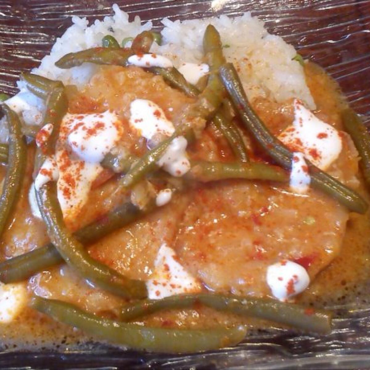 Ezen a képen: Temesvári sertésborda zöldbabbal