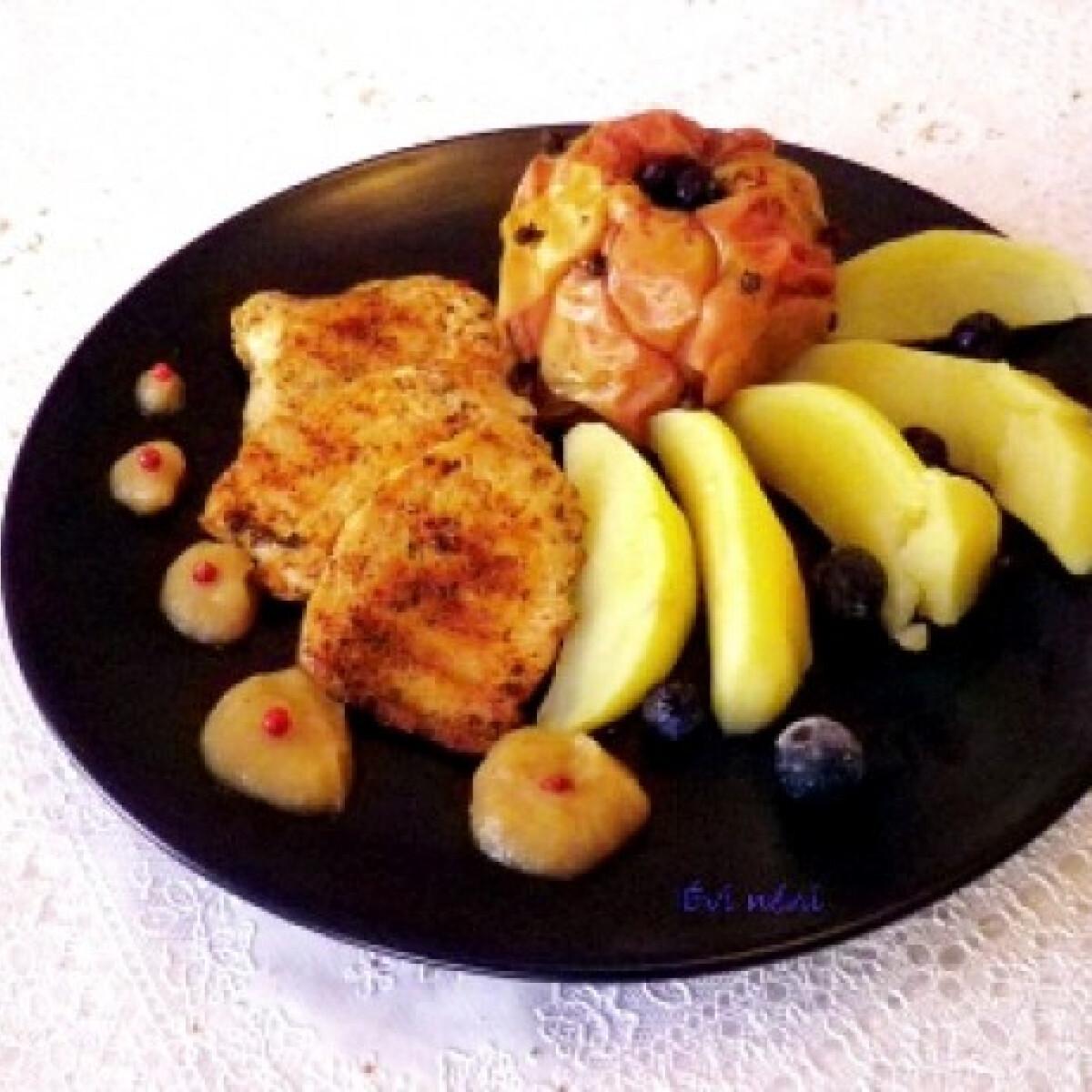 Ezen a képen: Grillezett csirkemell sült almával