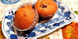 Meggyes és csokis muffin