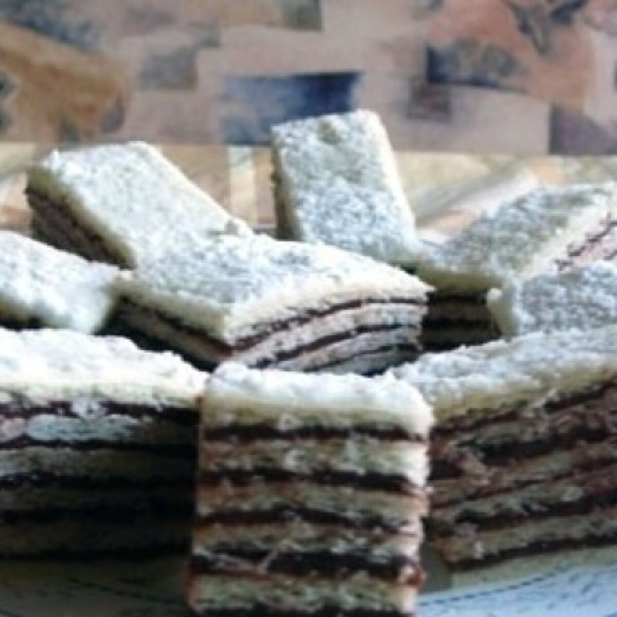 Ezen a képen: Hatlapos sütemény